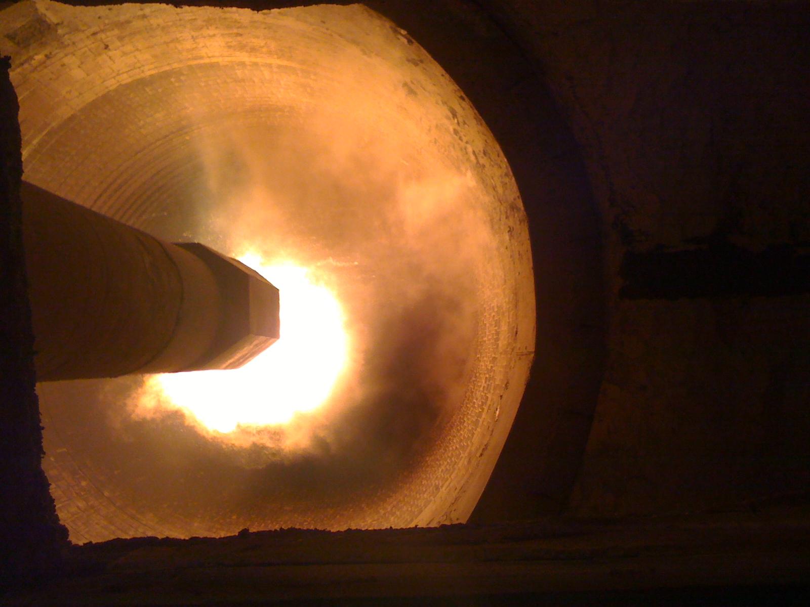 Entretien de tuyère de four en industrie